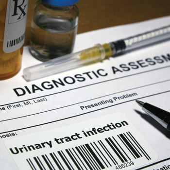 One expert recommends that patients with an uncomplicated UTI be given the option to try a wait and see approach with an antibiotic prescription in hand to fill if symptoms become unbea